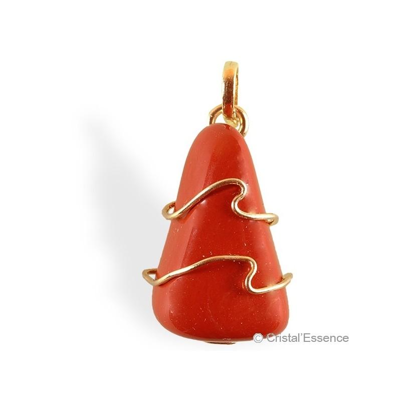 Jaspe rouge roulé, pendentif plaqué or