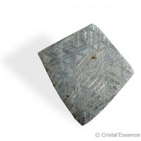 Météorite Muonionalusta, plaque losange fine, 18,8 g