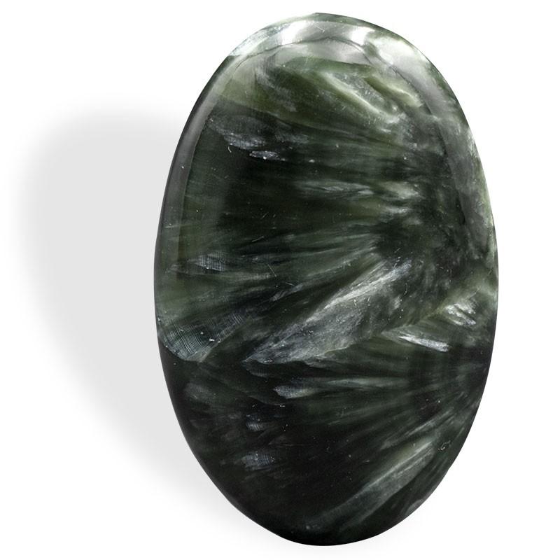 Séraphinite, galet épais ovale